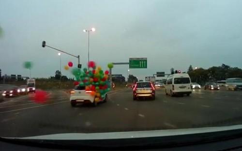 16062016-balloons