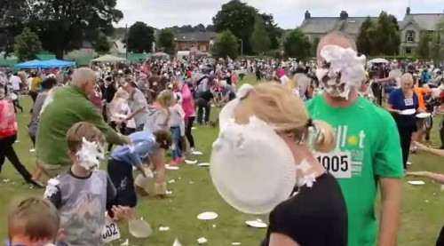 22062016-creampiefight1