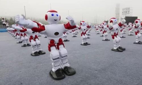 04082016-robots1