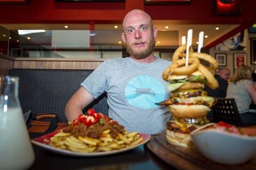 10082016-hotburger1
