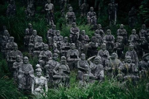 14092016-statues