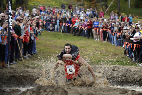 11102016-wifecarrying2