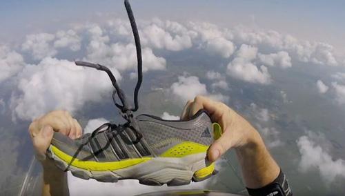 12102016-shoe2