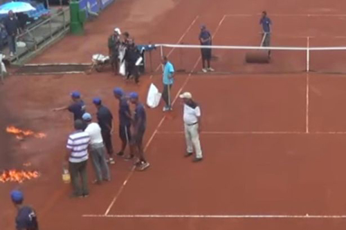 25102016-tennis1