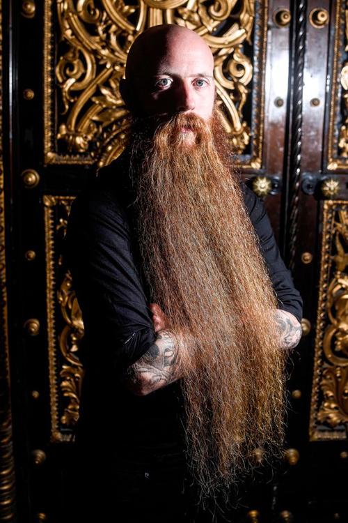 30102016-beard2