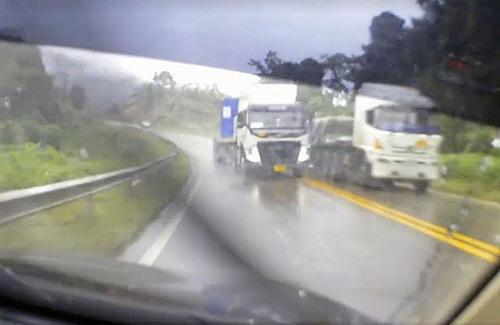 04112016-truck
