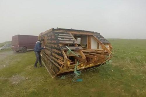 16112016-houseboat