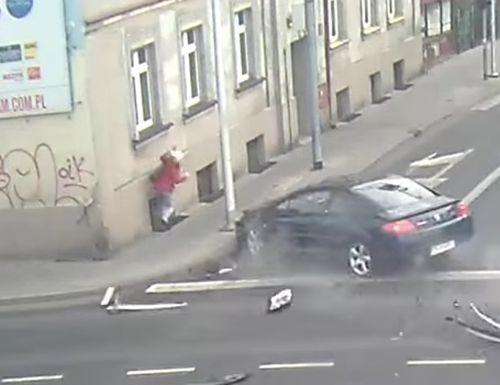 05122016-crash