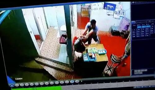 турист побил мальчика