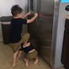 братья воруют еду из холодильника
