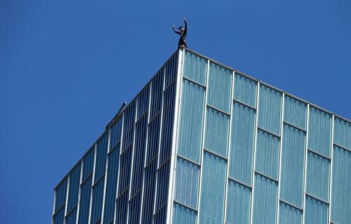 сорвиголова покорил небоскрёб