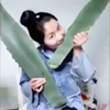 женщина съела ядовитое растение