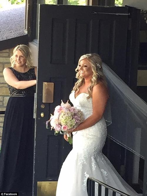 бабушка затмила внучку-невесту