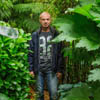 сад стал тропическим лесом