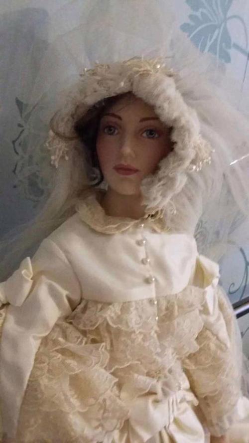 куклы одержимы злыми духами