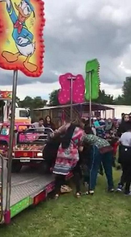 женщины подрались на ярмарке