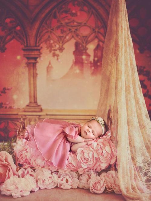 младенцы в образе принцесс