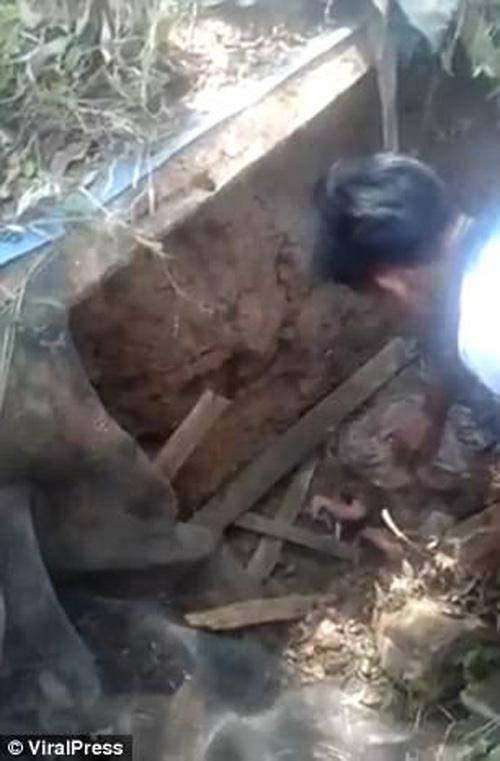 ребёнок был похоронен заживо