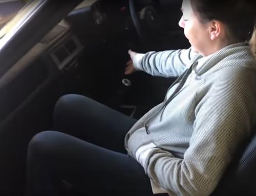 супруг пожаловался на шум в машине