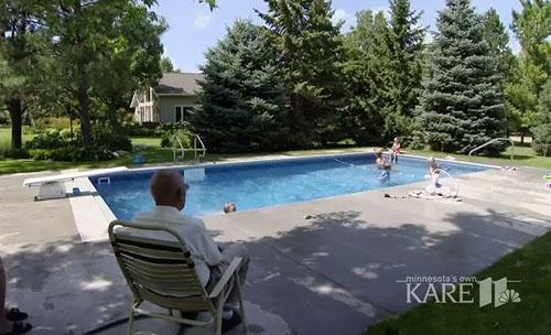 бассейн для соседских детей