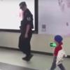 сын помог отцу патрулировать