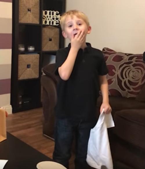 мальчик узнал что станет братом