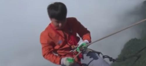 уборщики стали альпинистами