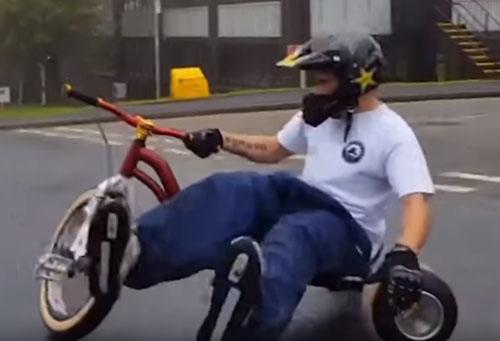 необычный экстрим на велосипедах