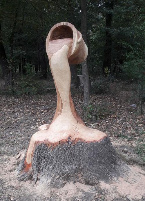 скульптуры из старых пней