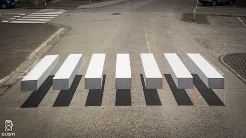 необычный пешеходный переход