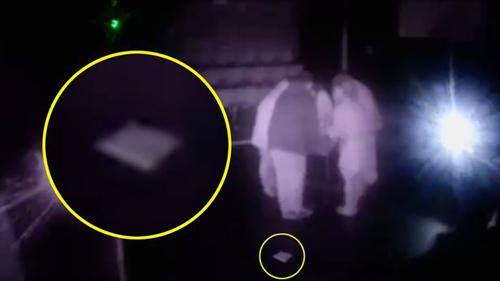призрак в старом театре