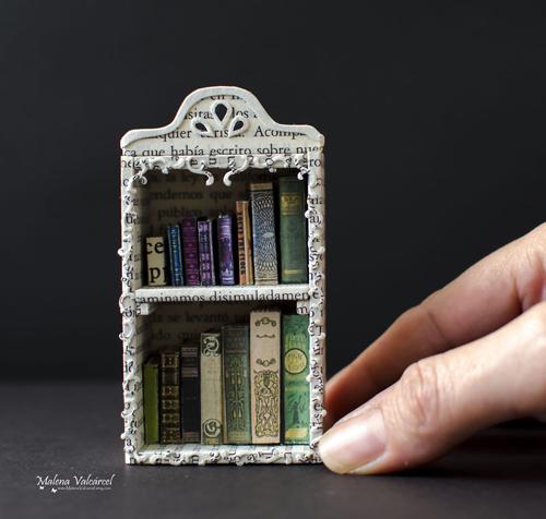 миниатюрные скульптуры из бумаги