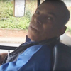 водитель автобуса маленького роста
