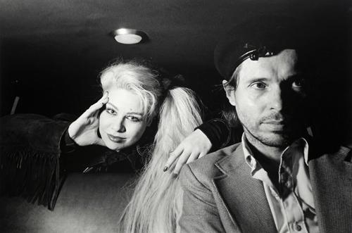 фотостудия на заднем сиденье такси