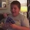 мальчик разрыдался от подарка