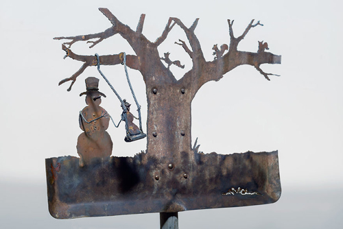 зимние сценки из старых лопат