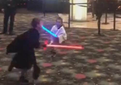 юные поклонники звёздных войн