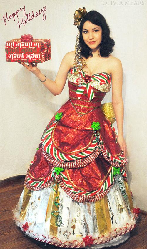 платья из упаковочной бумаги