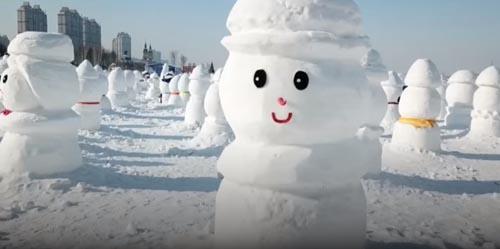 тысячи новогодних снеговиков