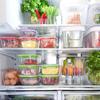 очень аккуратный холодильник