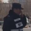 полицейский работает на новый год