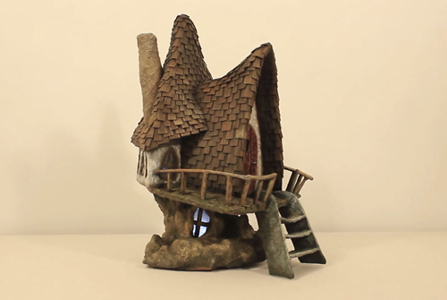 домик фей из мусора