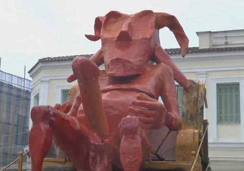 скульптуры на ежегодном фестивале