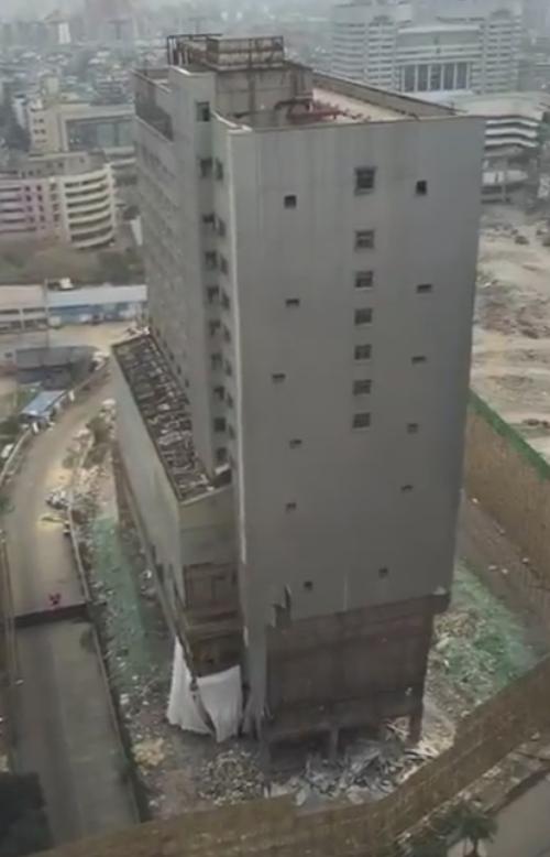 здание снесли за 10 секунд