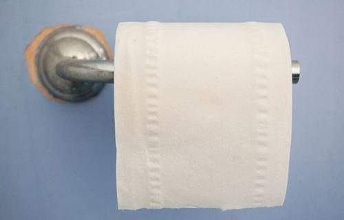 у детей отобрали туалетную бумагу