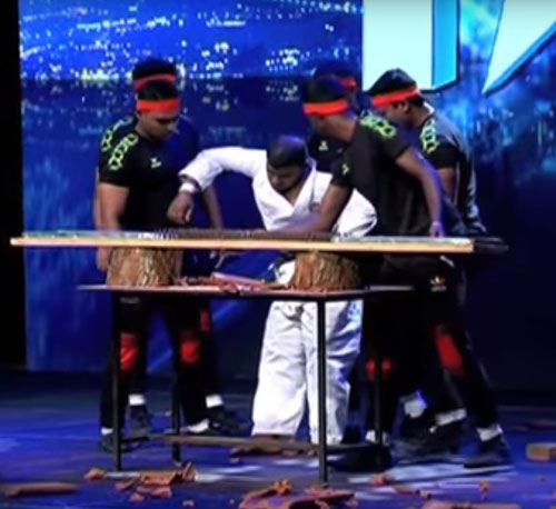 неудачный трюк на шоу талантов