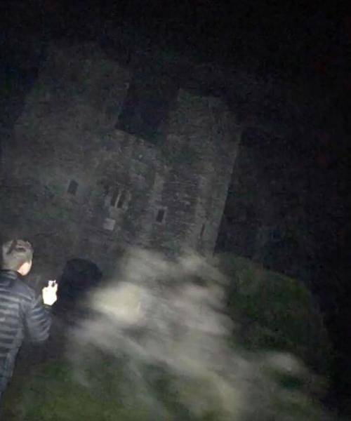 призраки братьев-самоубийц