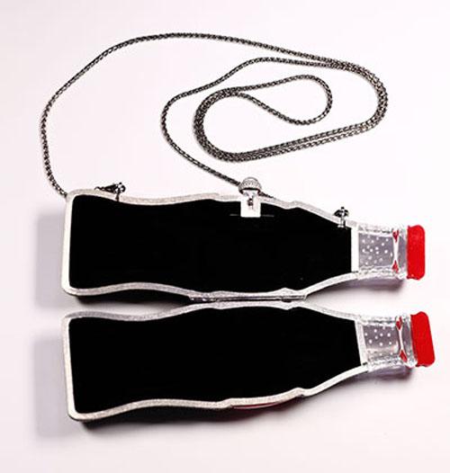 роскошная сумочка в виде бутылки