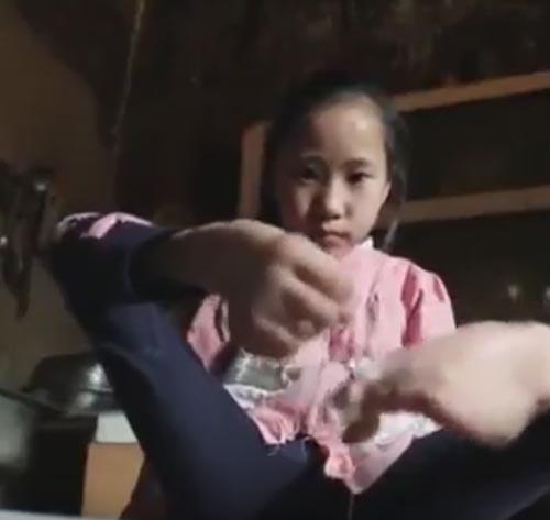 работа по дому с помощью ступней