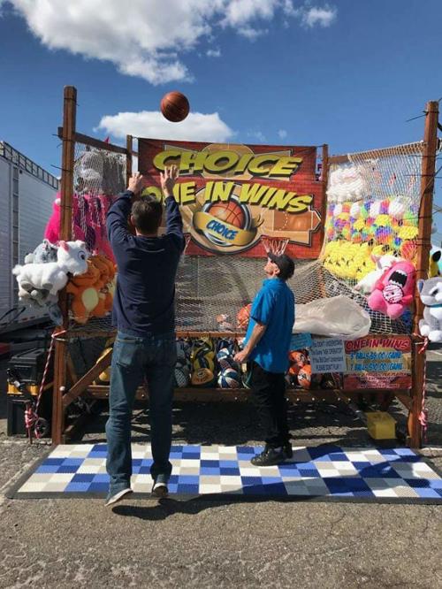 талант выигрывать игрушки в парках